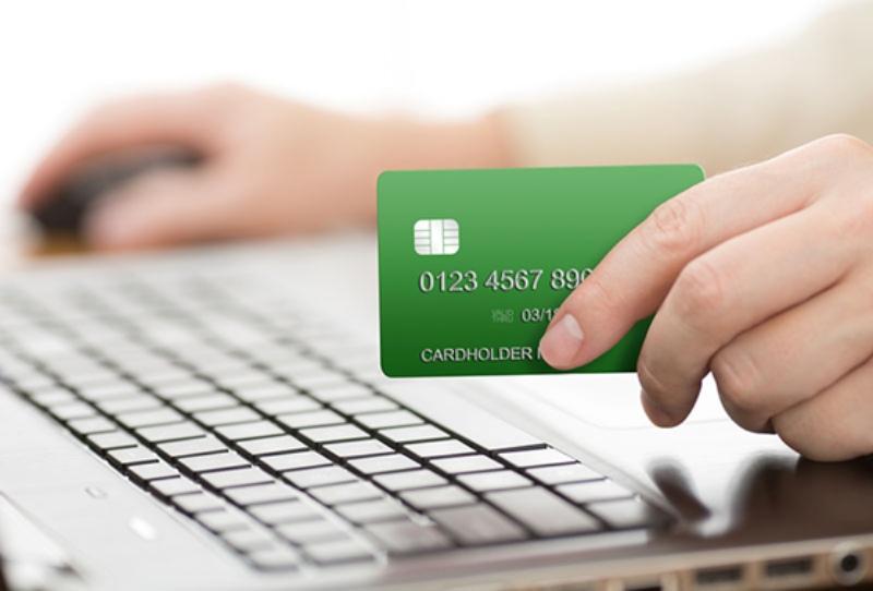 https://siteblindadolabs.files.wordpress.com/2015/08/o-credit-card-facebook.jpg